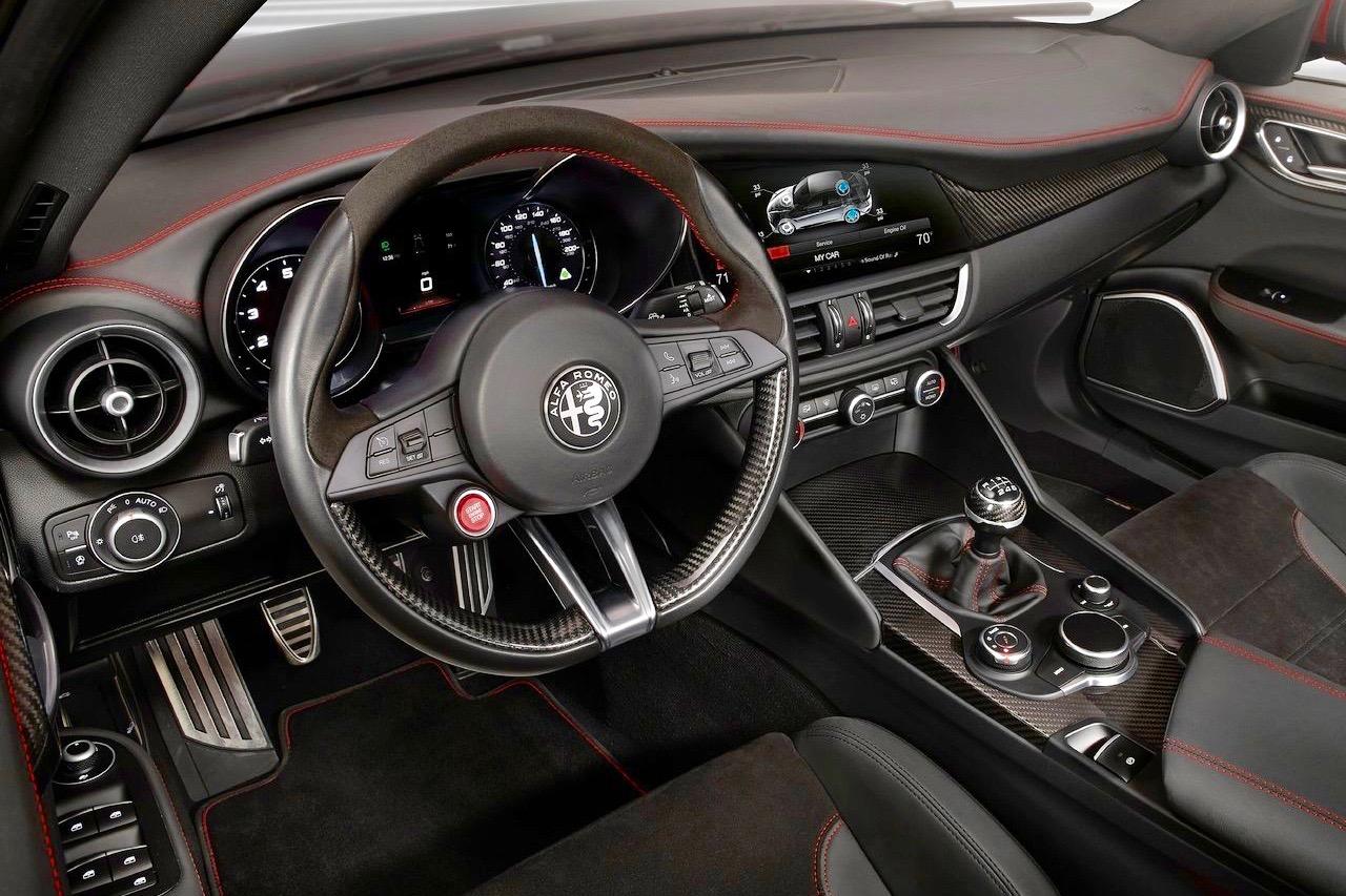 alfa romeo giulia c 39 est l 39 actualit automobile. Black Bedroom Furniture Sets. Home Design Ideas